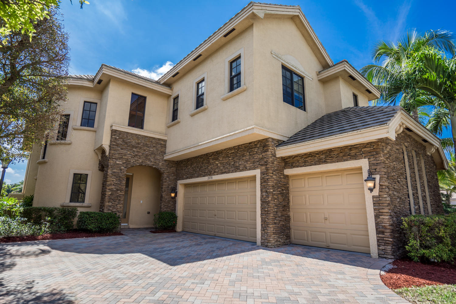 3570 Collonade Drive Wellington, FL 33449