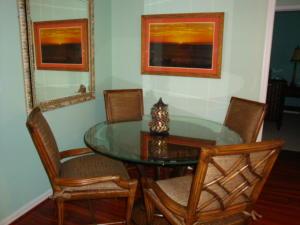 Additional photo for property listing at 806 E Windward Way 806 E Windward Way Lantana, Florida 33462 Vereinigte Staaten