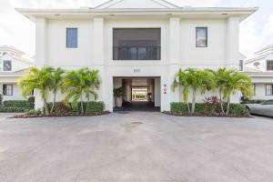 Single Family Home for Sale at 3872 Shutterfly Way Wellington, Florida 33414 United States