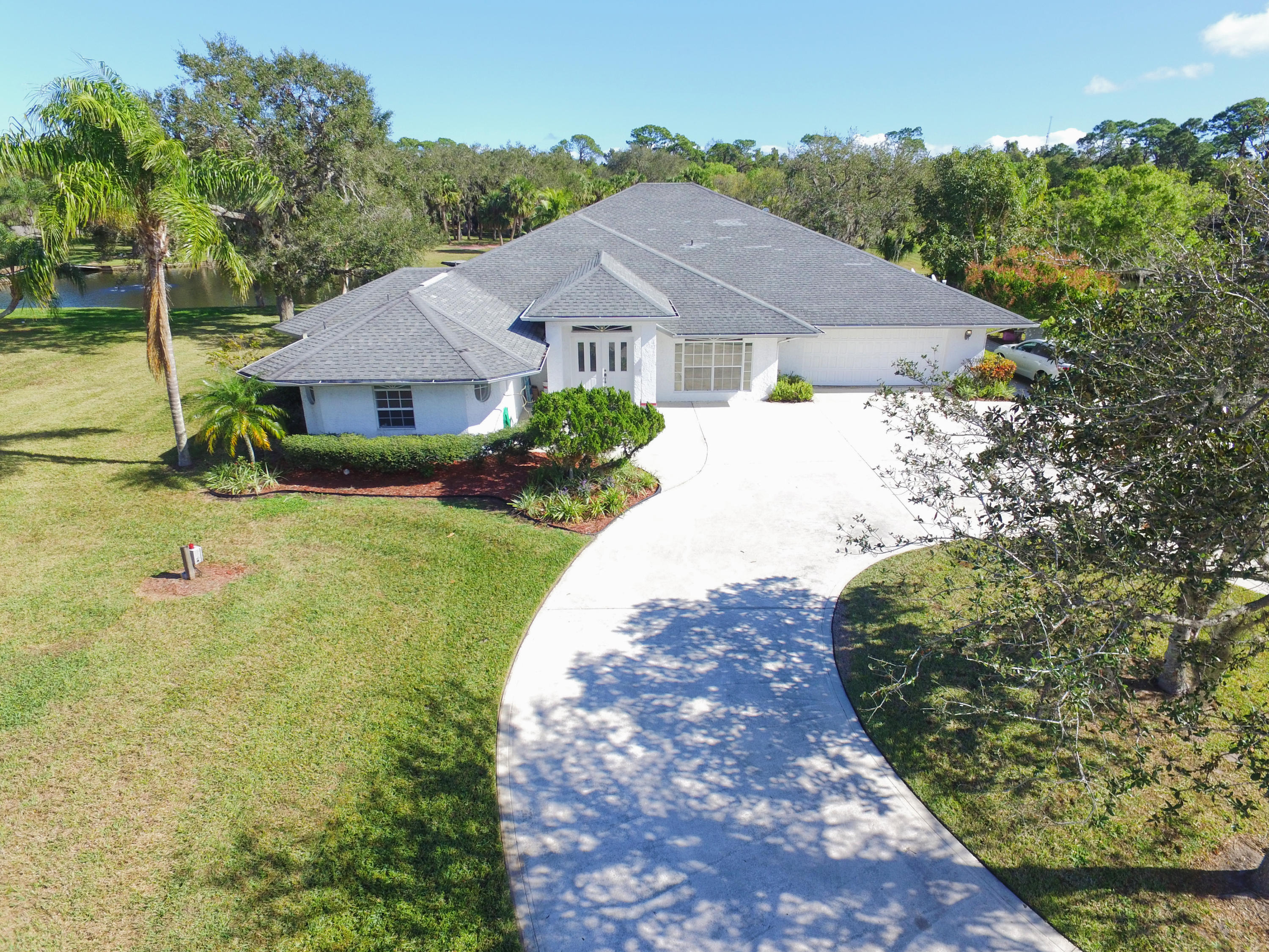 Home for sale in 28 35 40 from Fort Pierce Florida