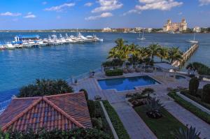 Appartement en copropriété pour l Vente à 622 N Flagler Drive 622 N Flagler Drive West Palm Beach, Florida 33401 États-Unis