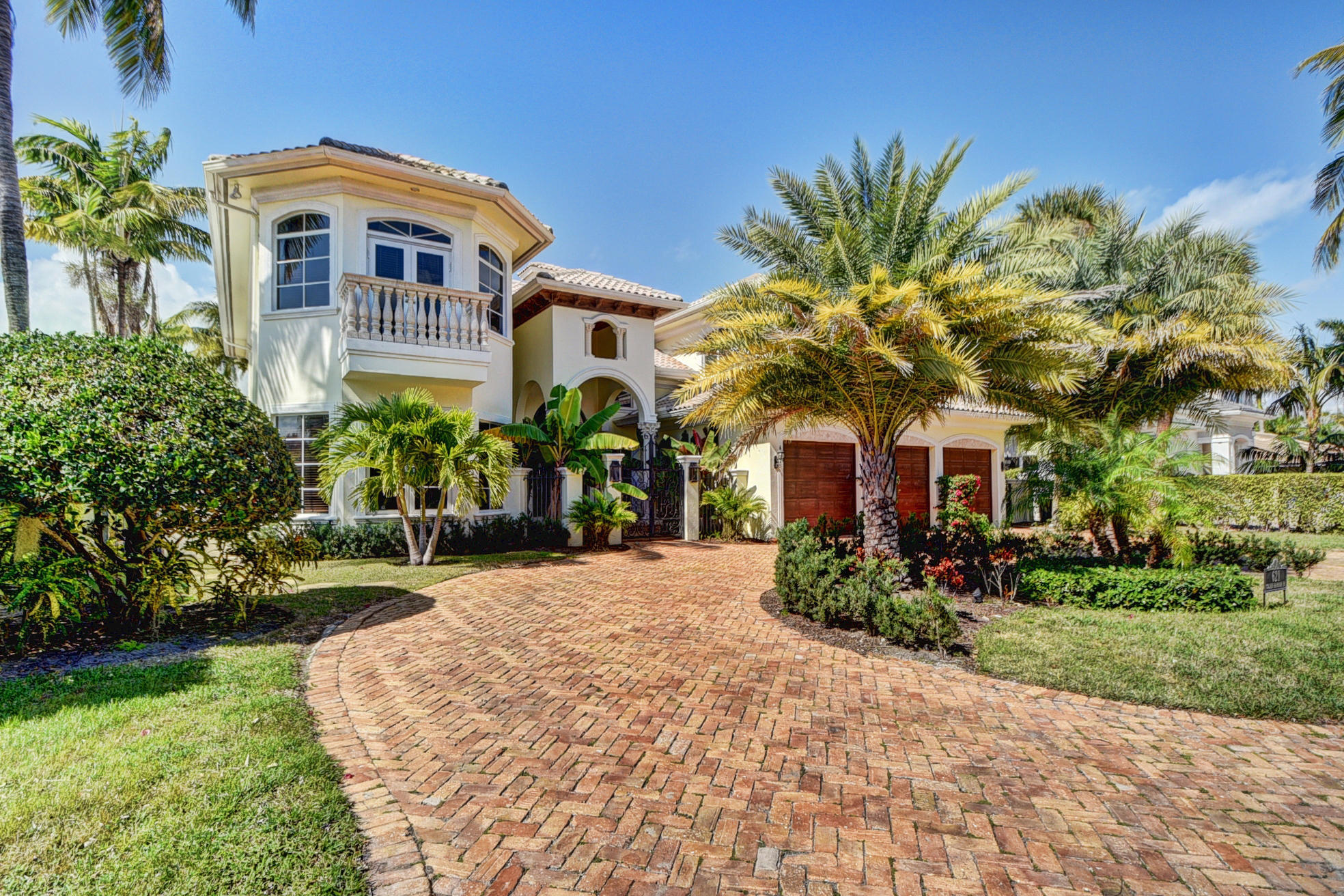 Home for sale in GOLDEN HARBOUR SEC 2 Boca Raton Florida