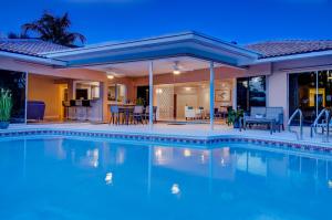 独户住宅 为 销售 在 2101 Banyan Road 2101 Banyan Road 博卡拉顿, 佛罗里达州 33432 美国