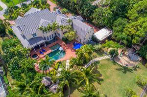 Casa Unifamiliar por un Venta en 655 Atlantis Estates Way Atlantis, Florida 33462 Estados Unidos