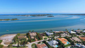 Single Family Home for Sale at 6 Island Road Sewalls Point, Florida 34996 United States