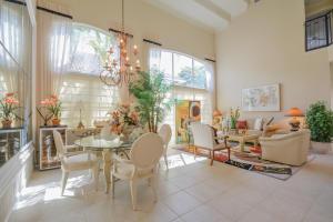 Additional photo for property listing at 16826 Knightsbridge Lane 16826 Knightsbridge Lane Delray Beach, Florida 33484 United States