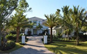 Single Family Home for Sale at 375 Eagle Drive Jupiter, Florida 33477 United States