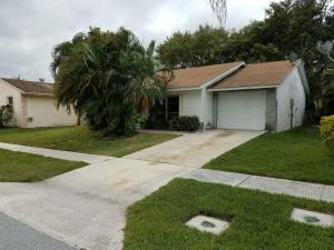 Additional photo for property listing at 5872 Westfall Road 5872 Westfall Road Lake Worth, Florida 33463 États-Unis