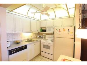 Additional photo for property listing at 20 Sussex A 20 Sussex A West Palm Beach, Florida 33417 États-Unis