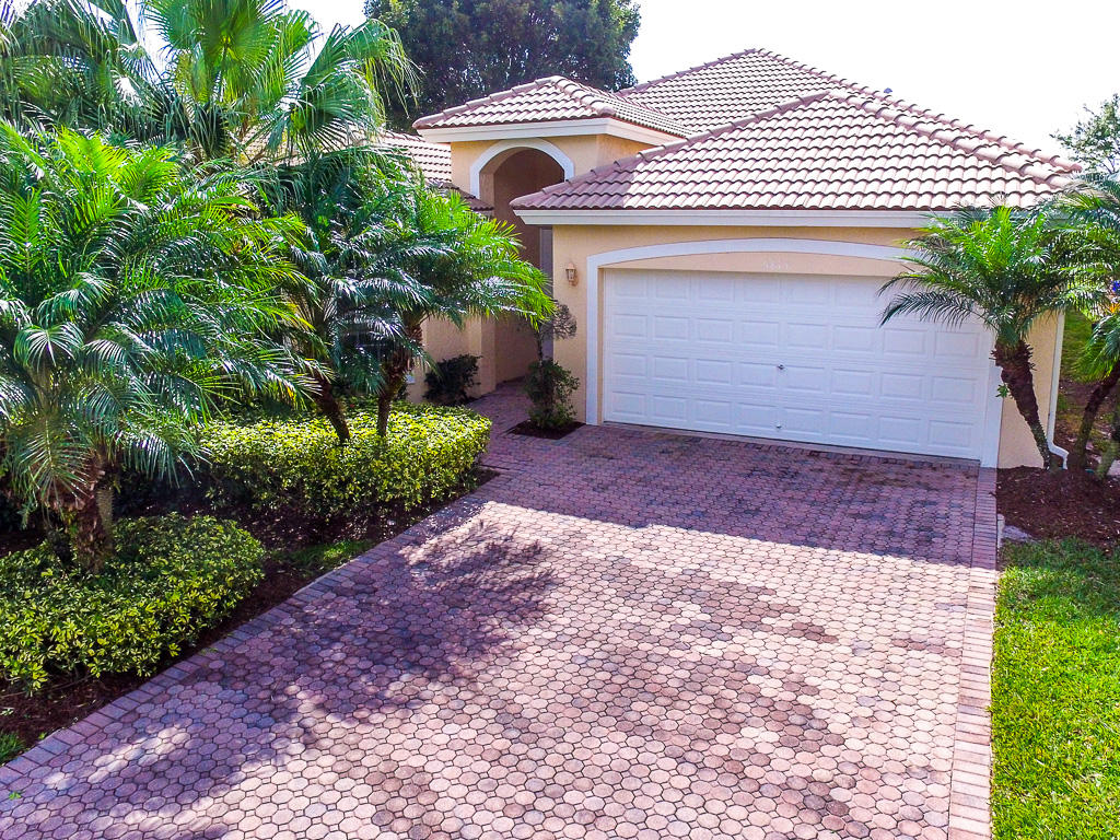 5813 Fountains Drive Lake Worth, FL 33467 small photo 2