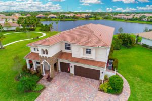 Single Family Home for Sale at 136 Manor Circle Jupiter, Florida 33458 United States
