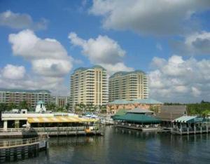 共管式独立产权公寓 为 出租 在 MARINA VILLAGE, 700 E Boynton Beach Boulevard 700 E Boynton Beach Boulevard 博因顿海滩, 佛罗里达州 33435 美国