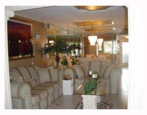 Appartement en copropriété pour l à louer à 1010 Country Club Drive 1010 Country Club Drive Margate, Florida 33063 États-Unis