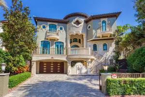 واحد منزل الأسرة للـ Sale في 2306 Bay Drive 2306 Bay Drive Pompano Beach, Florida 33062 United States