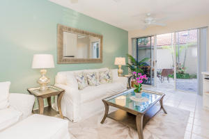Additional photo for property listing at 17 Via Aurelia 17 Via Aurelia Palm Beach Gardens, Florida 33418 United States