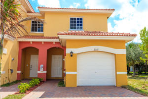 Bella Vista - Lauderdale Lakes - RX-10292479
