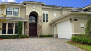 واحد منزل الأسرة للـ Sale في 9282 Equus Circle 9282 Equus Circle Boynton Beach, Florida 33472 United States