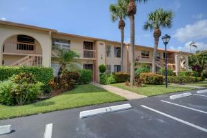 Condomínio para Locação às 5850 Sugar Palm Court 5850 Sugar Palm Court Delray Beach, Florida 33484 Estados Unidos