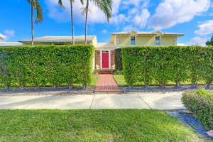 Single Family Home for Sale at 112 Monroe Drive 112 Monroe Drive West Palm Beach, Florida 33405 United States