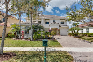 واحد منزل الأسرة للـ Sale في 9057 New Hope Court Royal Palm Beach, Florida 33411 United States