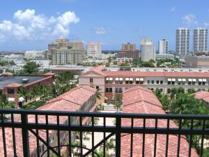 Additional photo for property listing at 403 S Sapodilla Avenue 403 S Sapodilla Avenue West Palm Beach, Florida 33401 United States