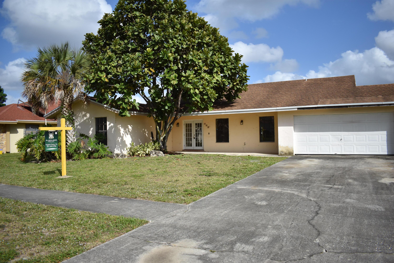 195 Ponce De Leon Street Royal Palm Beach, FL 33411