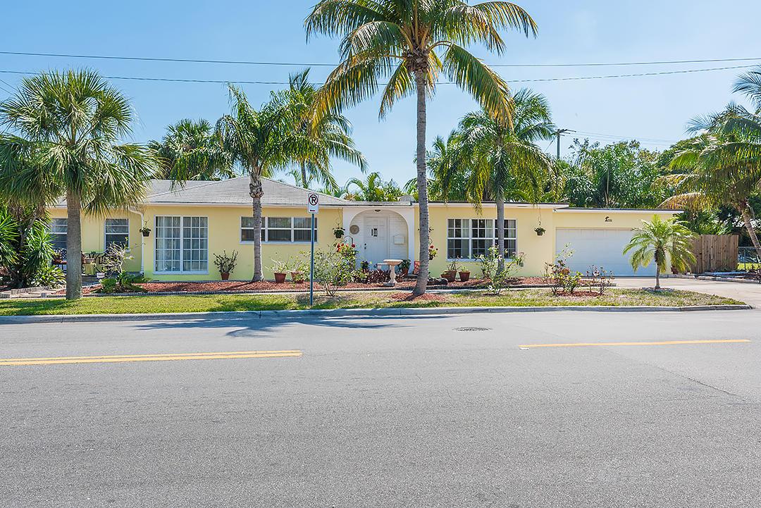 400 45th Street West Palm Beach, FL 33407