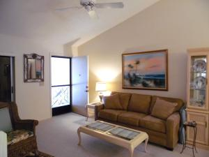 Twin Lakes South & Town Villas Condo