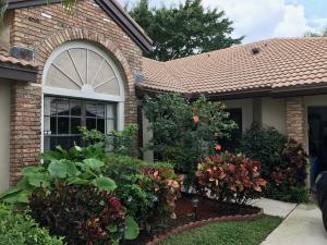 独户住宅 为 出租 在 7170 Le Chalet Boulevard 7170 Le Chalet Boulevard 博因顿海滩, 佛罗里达州 33472 美国
