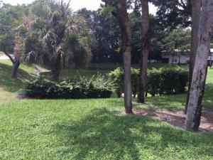 Additional photo for property listing at 18 Westgate Lane 18 Westgate Lane Boynton Beach, Florida 33436 United States