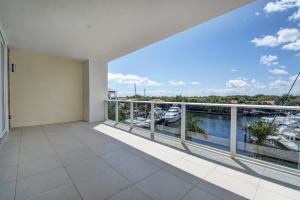 Additional photo for property listing at 2700 Donald Ross Road 2700 Donald Ross Road Palm Beach Gardens, Florida 33410 United States
