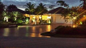 Maison unifamiliale pour l Vente à 3 Alston Road 3 Alston Road Palm Beach Gardens, Florida 33418 États-Unis