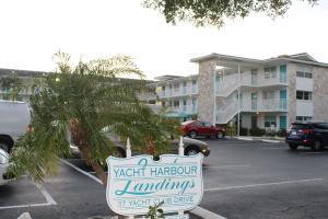 Yacht Harbour Landings Condo