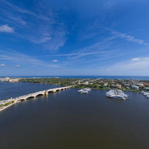 Additional photo for property listing at 1100 S Flagler Drive 1100 S Flagler Drive West Palm Beach, Florida 33401 Vereinigte Staaten
