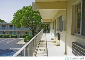 Additional photo for property listing at 1210 Palm Beach Lakes Boulevard 1210 Palm Beach Lakes Boulevard West Palm Beach, Florida 33407 États-Unis