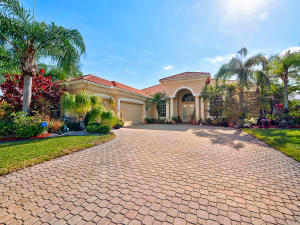 Single Family Home for Sale at 8200 Muirhead Circle Boynton Beach, Florida 33472 United States