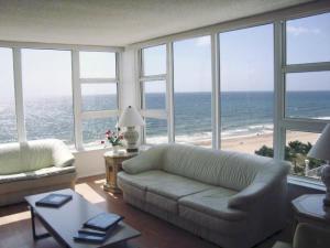 Eigentumswohnung für Mieten beim OCEAN COLONY, 1620 S Ocean Boulevard Lauderdale By The Sea, Florida 33062 Vereinigte Staaten