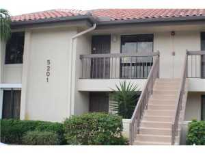 Condominium for Rent at 5201 W Club Circle 5201 W Club Circle Boca Raton, Florida 33487 United States