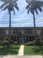 Condomínio para Locação às 1960 NE 1st Street 1960 NE 1st Street Deerfield Beach, Florida 33441 Estados Unidos