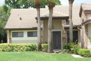 独户住宅 为 出租 在 7147 Le Chalet Boulevard 博因顿海滩, 佛罗里达州 33472 美国