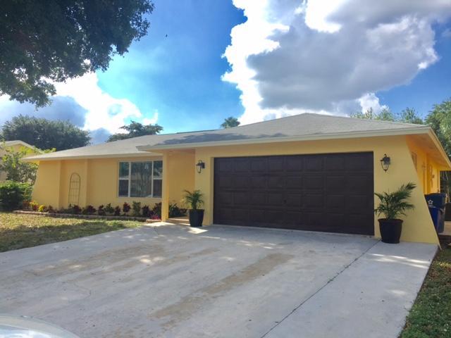 134 Santiago Street Royal Palm Beach, FL 33411