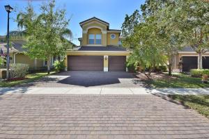 واحد منزل الأسرة للـ Sale في 8094 Emerald Winds Circle Boynton Beach, Florida 33473 United States