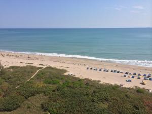 Condominium for Rent at Tiara, 3000 N Ocean Drive 3000 N Ocean Drive Singer Island, Florida 33404 United States