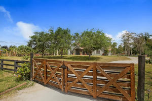 Single Family Home for Sale at 13105 Raymond Drive Loxahatchee Groves, Florida 33470 United States