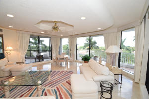 Additional photo for property listing at 20320 Fairway Oaks Drive 20320 Fairway Oaks Drive Boca Raton, Florida 33434 United States