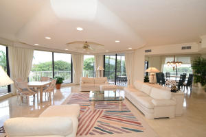 Additional photo for property listing at 20320 Fairway Oaks Drive 20320 Fairway Oaks Drive Boca Raton, Florida 33434 États-Unis