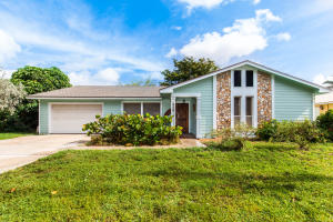 Single Family Home for Sale at 116 Periwinkle Drive Hypoluxo, Florida 33462 United States
