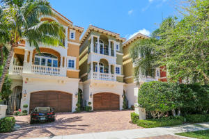 Casa unifamiliar adosada (Townhouse) por un Venta en 449 NE 19th Avenue Deerfield Beach, Florida 33441 Estados Unidos