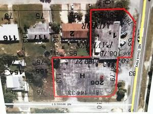 Commercial for Sale at 2400 NE Dixie Highway Jensen Beach, Florida 34957 United States
