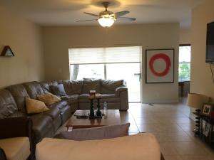 Additional photo for property listing at 825 Talia Circle 825 Talia Circle Palm Springs, Florida 33461 United States